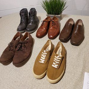 Lot of Men's Shoes Size 10.  5 Pairs of Shoes.